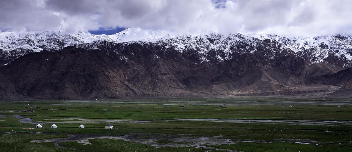 tashgorgan -- xinjiang, china by pakistan